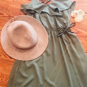 Dark green maxi dress!